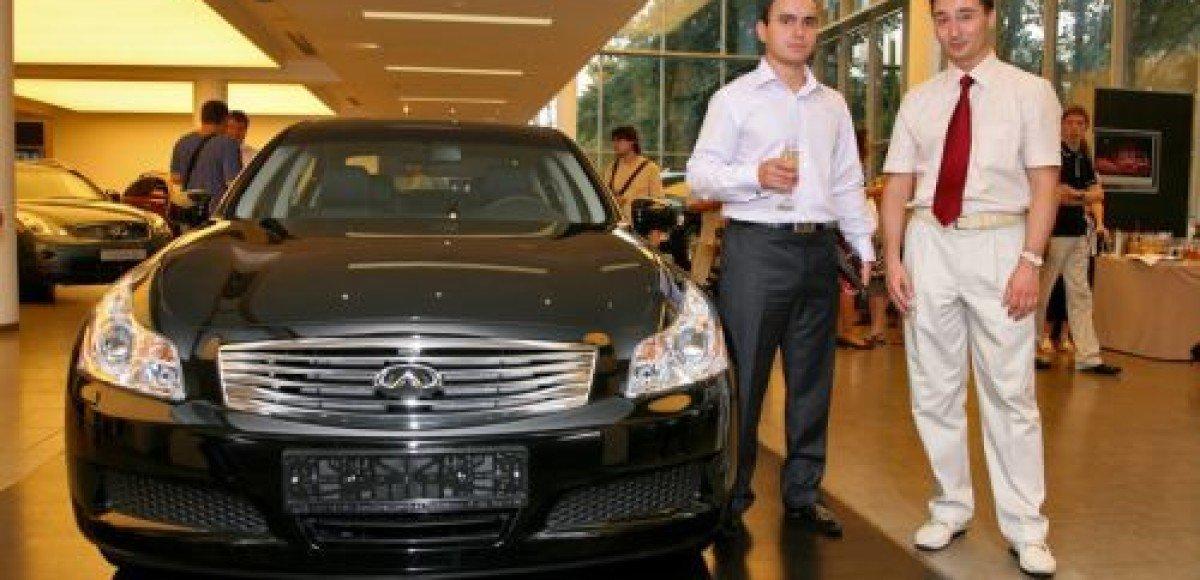 В России продан 10-тысячный автомобиль Infiniti