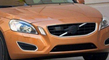 Папарацци поймал в объектив седан Volvo S60 нового поколения