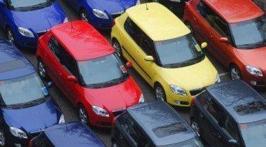 Правительство РФ не намерено снижать импортные пошлины на автомобили