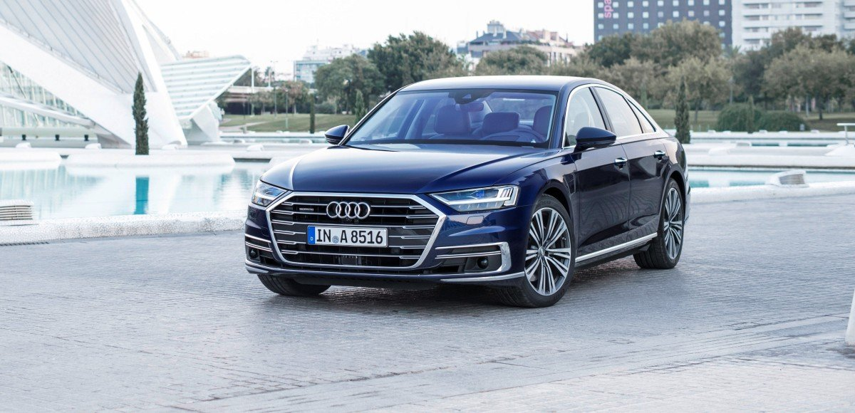 В России стартуют продажи нового флагмана Audi
