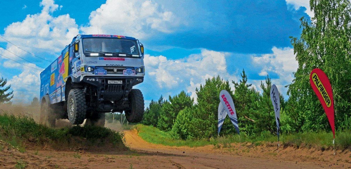 Тест гоночного КАМАЗ 43509 с автоматом: быстрее, выше, сильнее