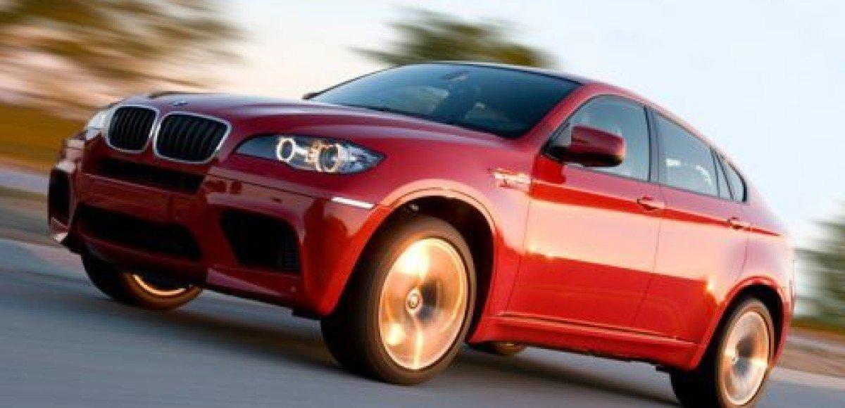 BMW – лидер продаж моделей премиум-сегмента в России