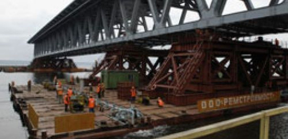 В Зеленограде машины пустят в объезд старого моста над Октябрьской ж/д