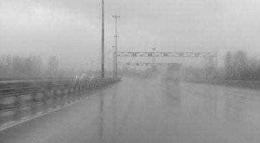 Из-за ливня в Саратове тонули машины