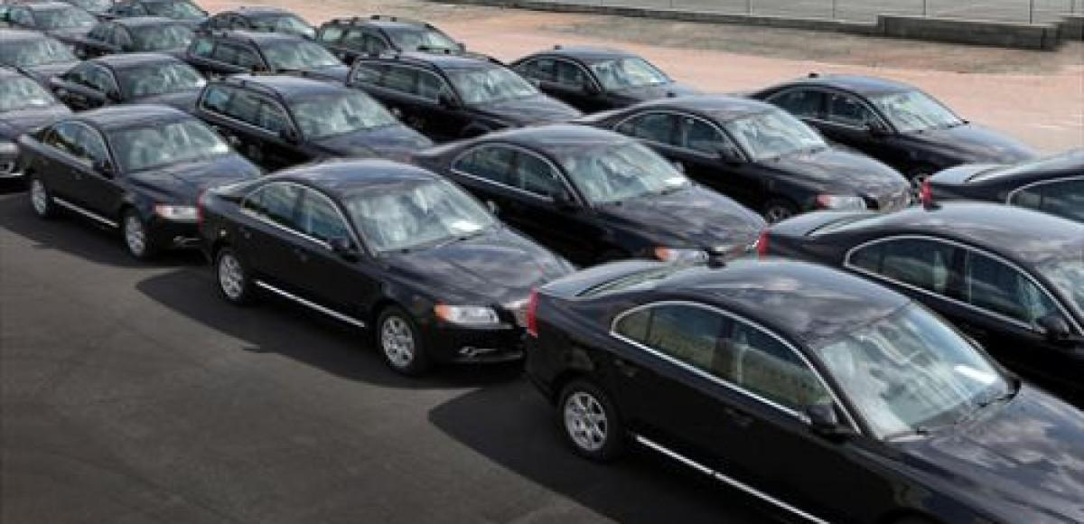 В августе продажи автомобилей в России упали на 54%