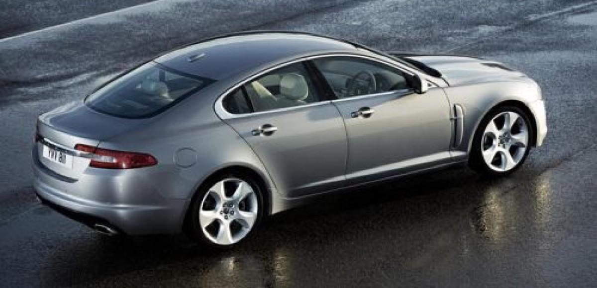 Jaguar XF: очень именитый автомобиль