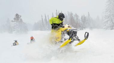 Ski-Doo и Lynx: снегоходы для глубокого снега