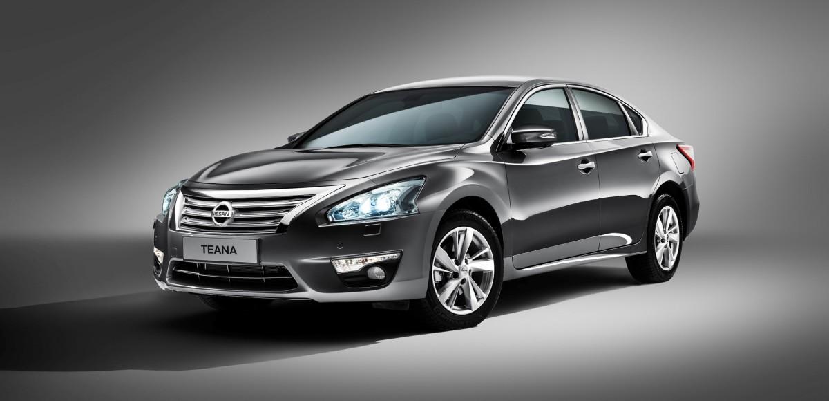Компания Nissan представила новую Teana