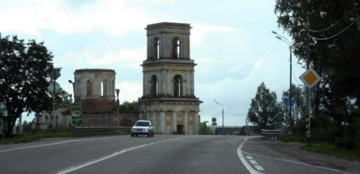 Дороги Петропавловска-Камчатского освятили священнослужители