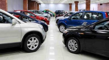 Снова семнадцать: россияне скупают машины рекордными темпами