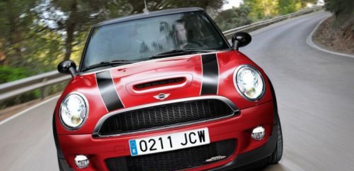 MINI John Cooper Works Cabrio. Встреча в Женеве