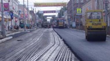 В Москве дорожный каток задавил рабочего
