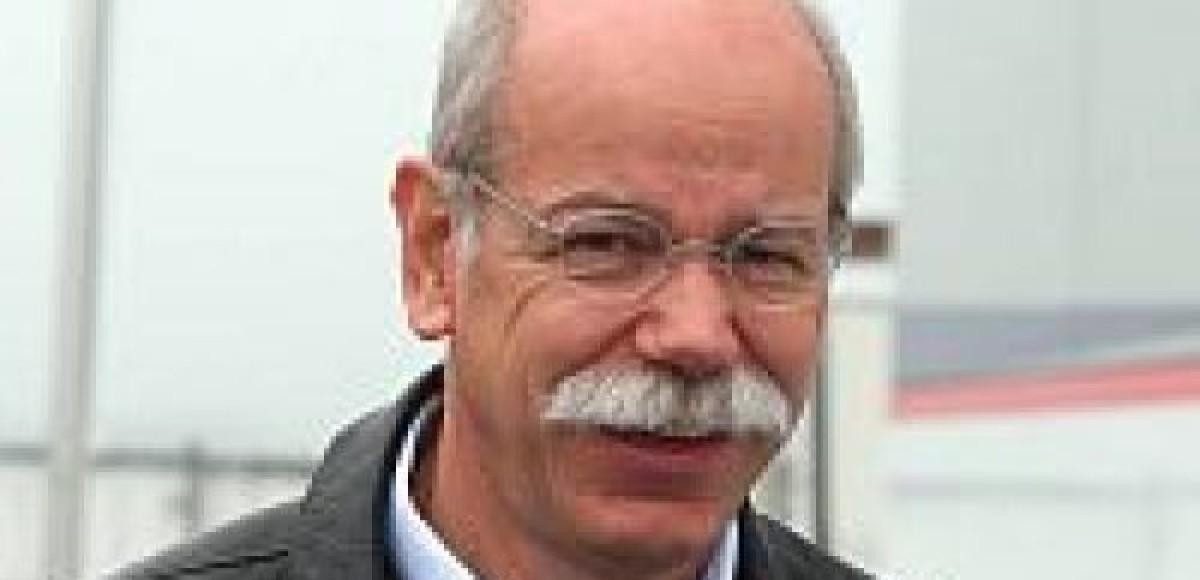 Мерседес: Решение о втором пилоте будет только в начале 2010 года