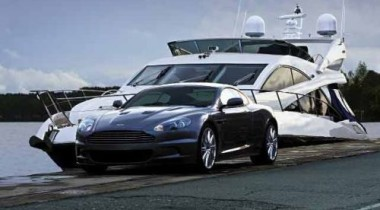 Авторегата «Лондон — Санкт-Петербург». Aston Martin vs Sunseeker