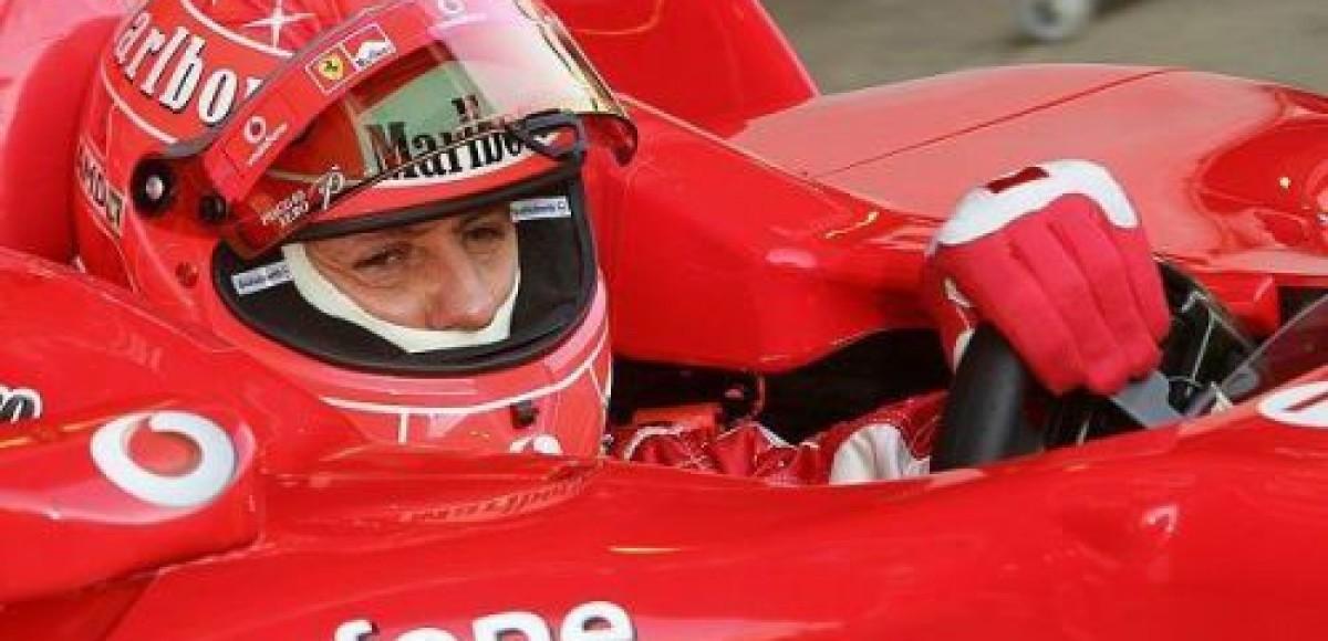 Михаэль Шумахер определяет уровень машин других команд на тестах