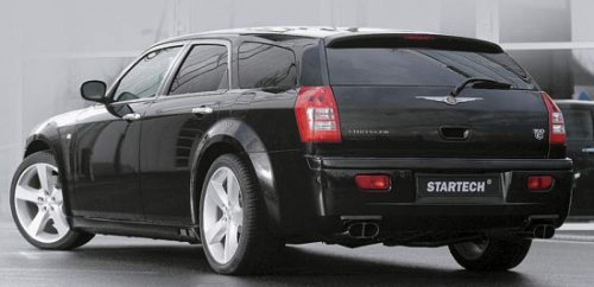 В Startech доработали Chrysler 300C