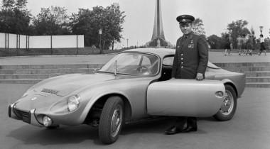 Гараж Юрия Гагарина: автомобили первого космонавта