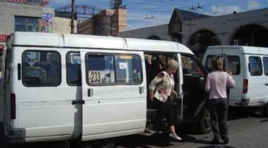 В 2011 году с улиц Петербурга исчезнут коммерческие «маршрутки»