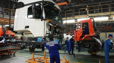 Удержаться на достигнутом: итоги продаж коммерческого транспорта в России