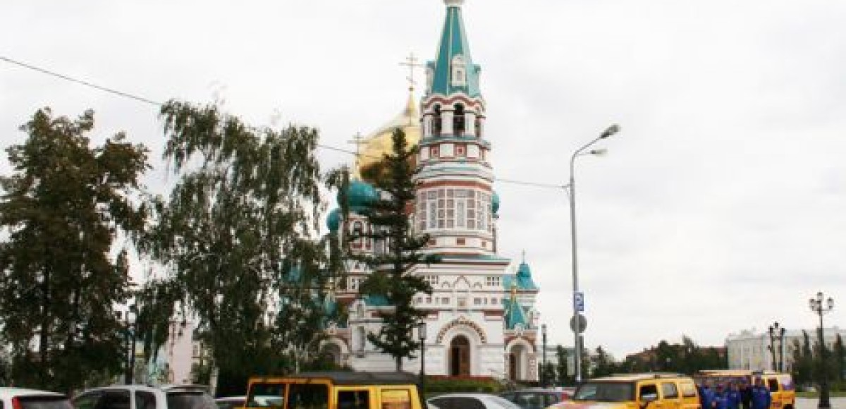 В Новокузнецке финишировал автопробег на «Хаммерах»