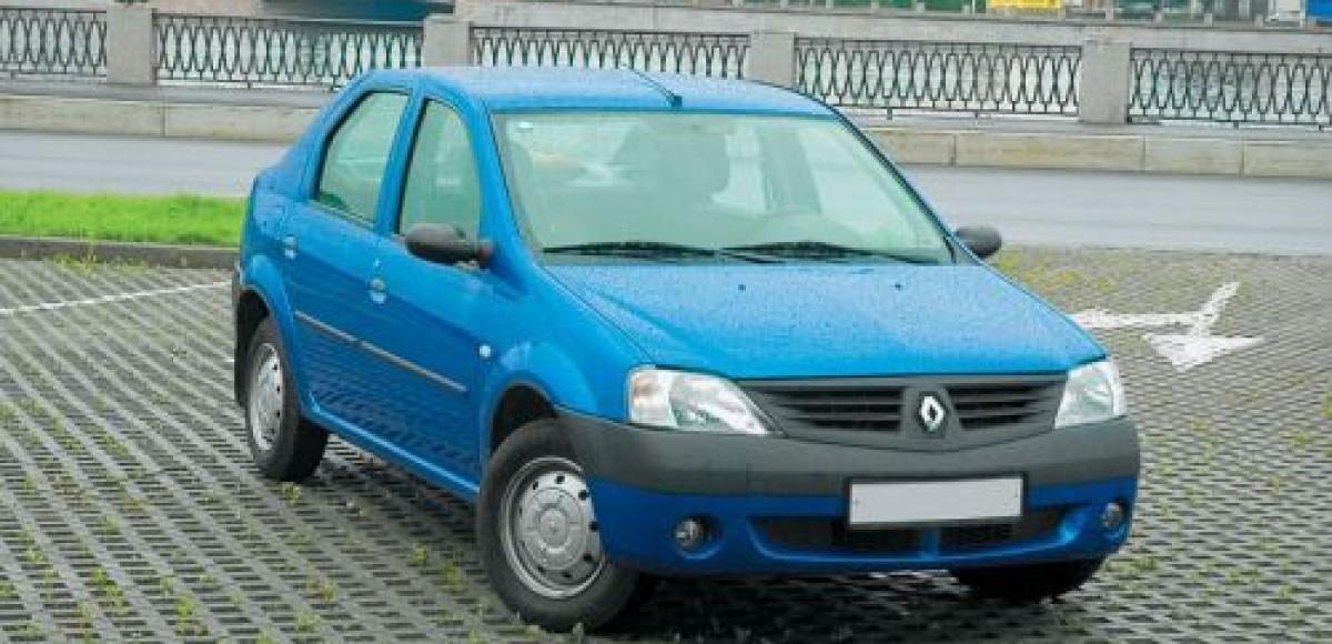 Renault отзывает Logan