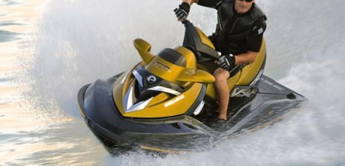 В Петербурге стартует пробег на гидроциклах «Из варяг в греки 2010»