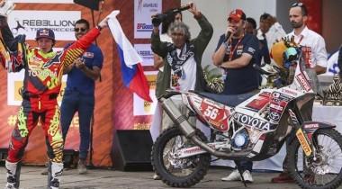 Первая и единственная: Анастасия Нифонтова финишировала на «Дакаре» без техподдержки