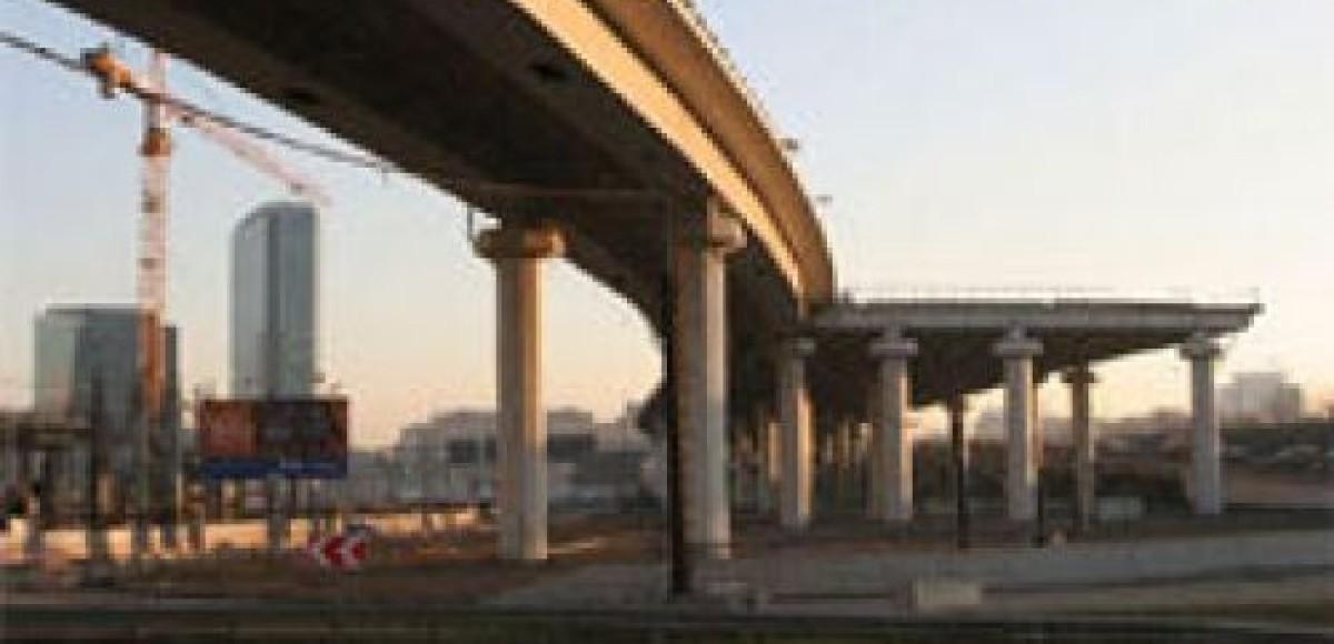 Строителей Четвертого транспортного кольца определит аукцион