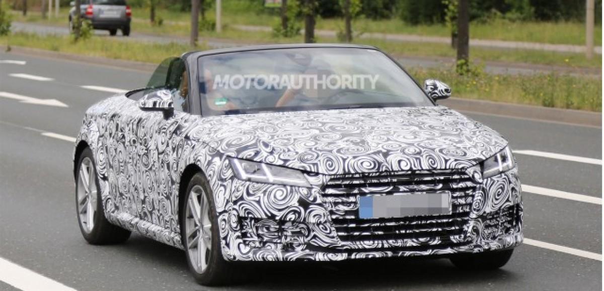 Открытый Audi TT приедет в Париж