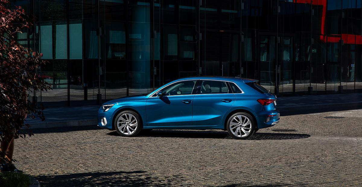 Тест нового Audi A3 за 4 млн рублей: за что такие деньги?