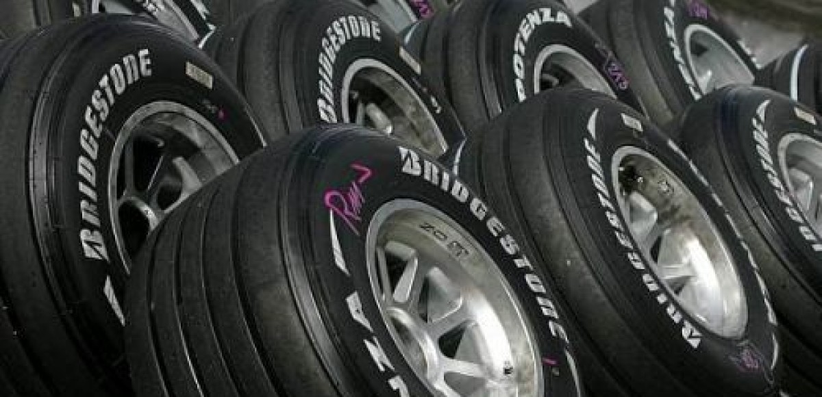 Bridgestone объявила типы шин для заключительных этапов Формулы-1