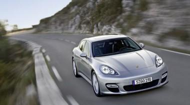 В Москву приехали первые Porsche Panamera