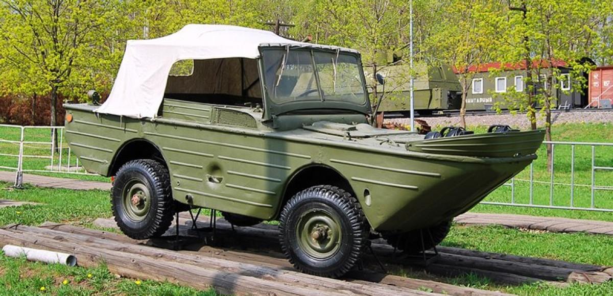 В воде не тонет: автомобили-амфибии СССР