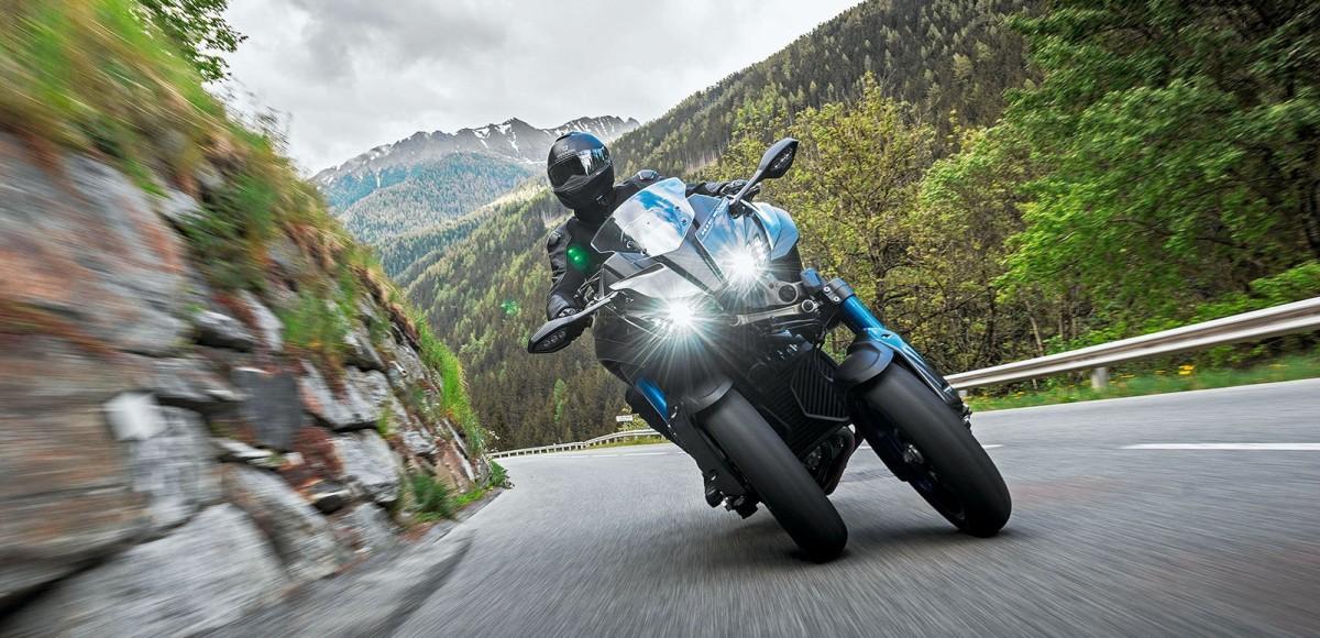 Yamaha MXT850 Niken: тест самого необычного трехколесного мотоцикла