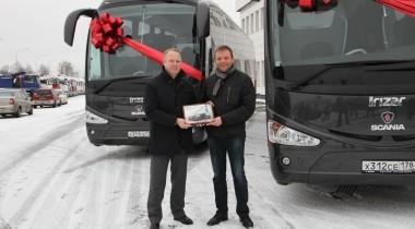 Lux Express поедет из Петербурга в Прибалтику на новых автобусах Scania Irizar i6
