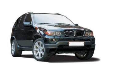 У уборщицы с Рублевки угнали BMW X5