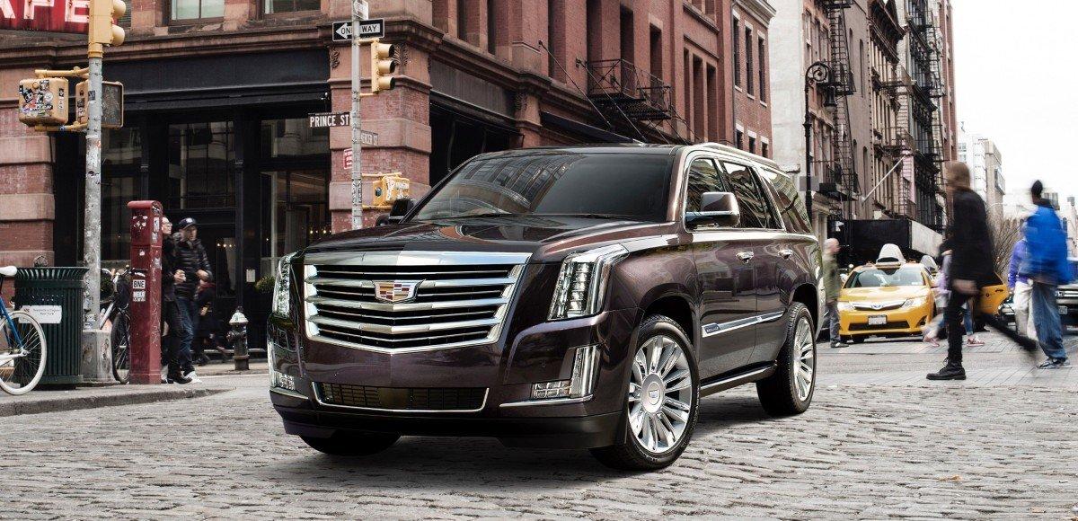 Автопарковщик и зеркало с видеотрансляцией: в России начались продажи обновлённого Cadillac Escalade