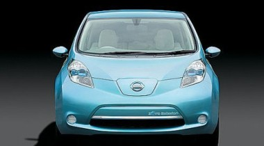 Nissan представил в России свой первый серийный электромобиль Leaf
