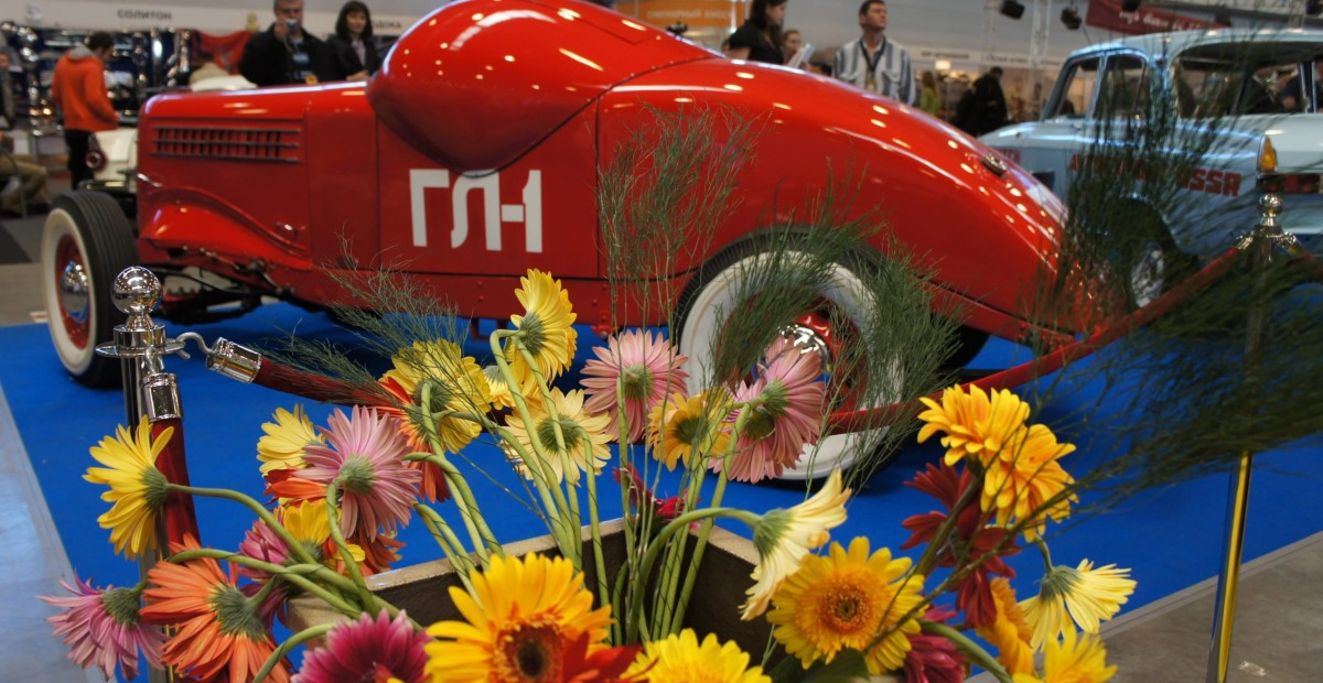 «Олдтаймер-Галерея» покоряет Санкт-Петербург