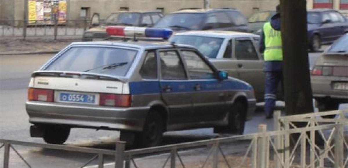 В Санкт-Петербурге инспектор ГИБДД пострадал при исполнении служебных обязанностей