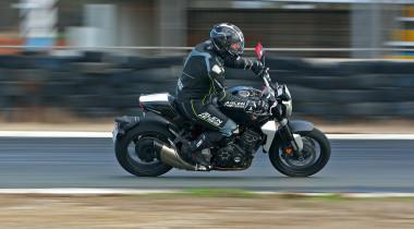 Правильные кубики: опыт эксплуатации Honda CB1000R Neo Sports Cafe