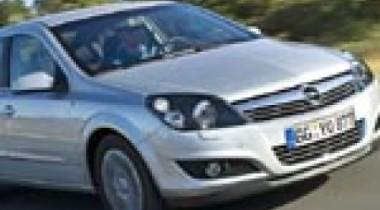 В России стартуют продажи седана Opel Astra