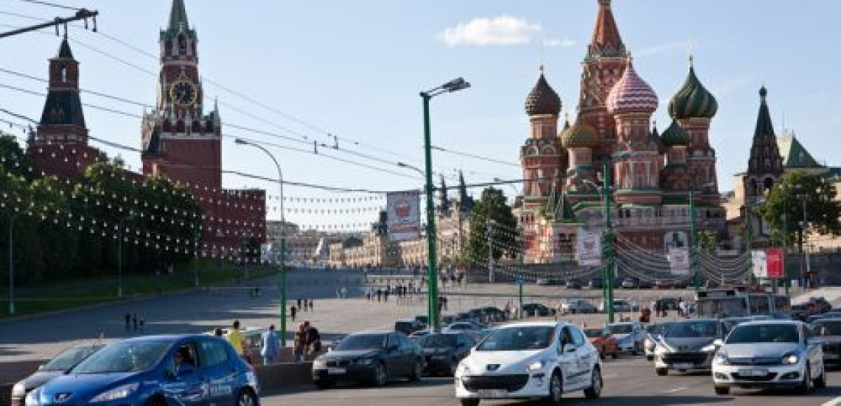 В Москве финишировал автопробег на Peugeot 308 калужской сборки