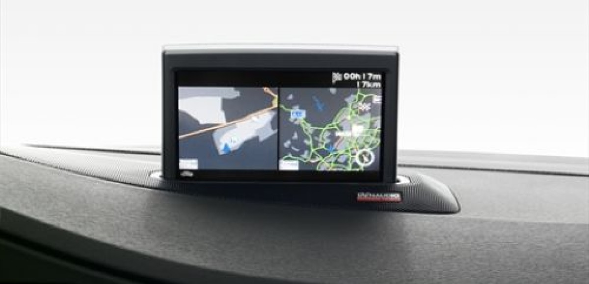 Владельцы автомобилей Volvo будут всегда со свежей картой