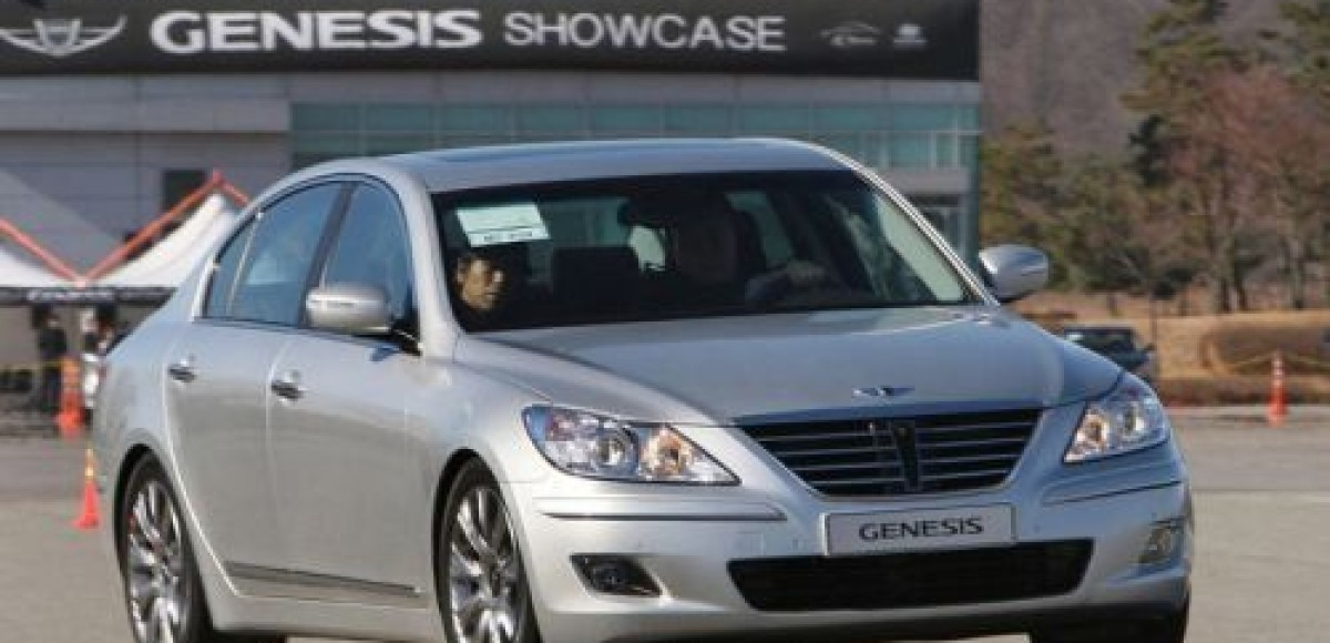 Hyundai Genesis. Торопиться не надо!