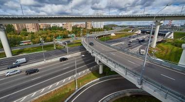 Движение по платной трассе М11 откроют через месяц