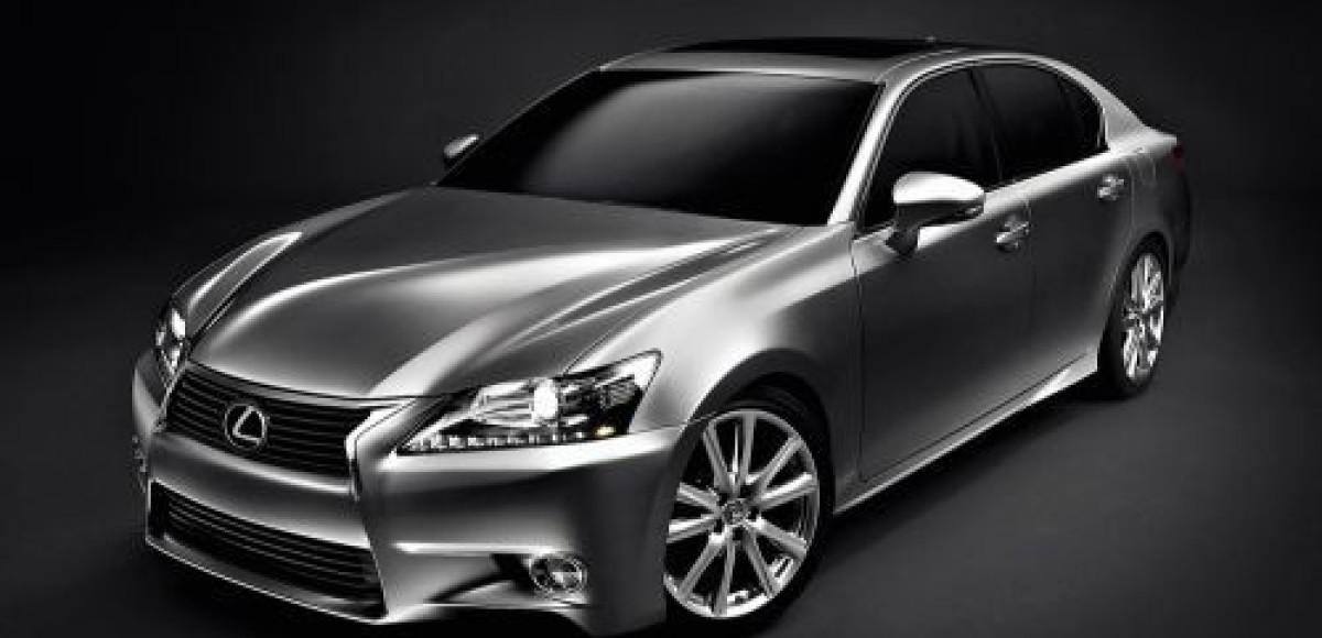 Lexus GS. Смотри в оба