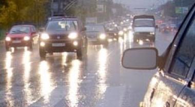 В центре Москвы в новогоднюю ночь будет ограничено движение автотранспорта