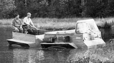 Необычные вездеходы СССР: надувные гусеницы НАМИ