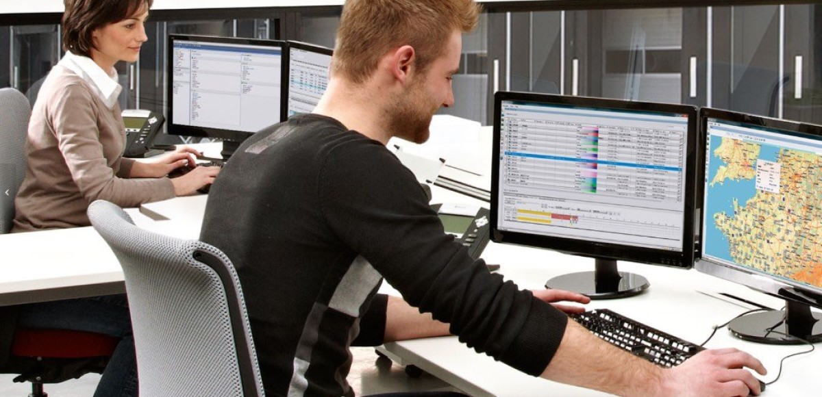 Система мониторинга для 2700 тягачей